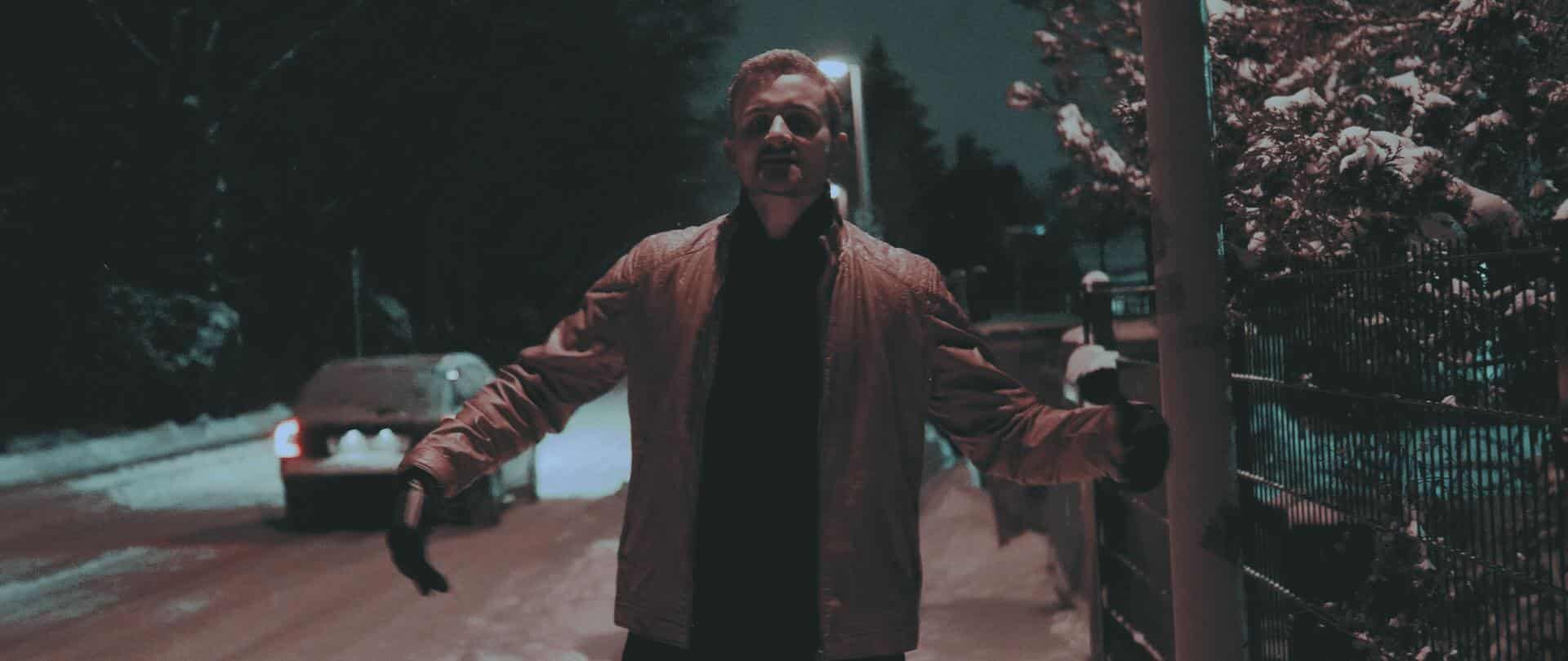 Blazin'Daniel - Reanimation (Musikvideo).00_01_32_55.Standbild248